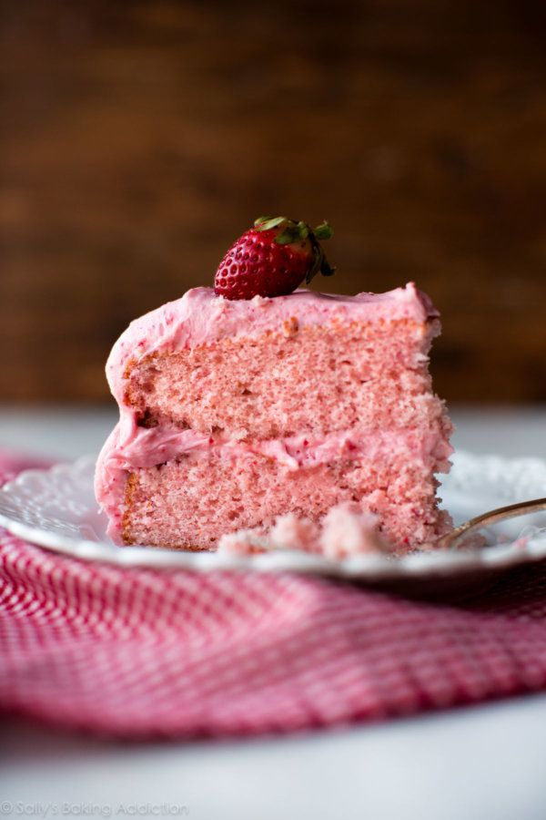 "<strong>Get the <a href=""https://sallysbakingaddiction.com/2018/01/05/strawberry-cake/"" target=""_blank"">Homemade Strawberry C"