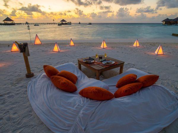 "These <a href=""https://www.tripadvisor.com/Hotel_Review-g4522345-d301969-Reviews-Gili_Lankanfushi-Lankanfushi.html"" target=""_"