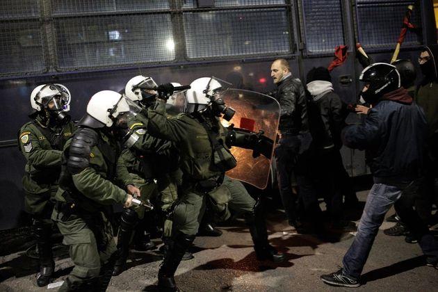 Θεσσαλονίκη: Επεισόδια μεταξύ αντιεξουσιαστών και