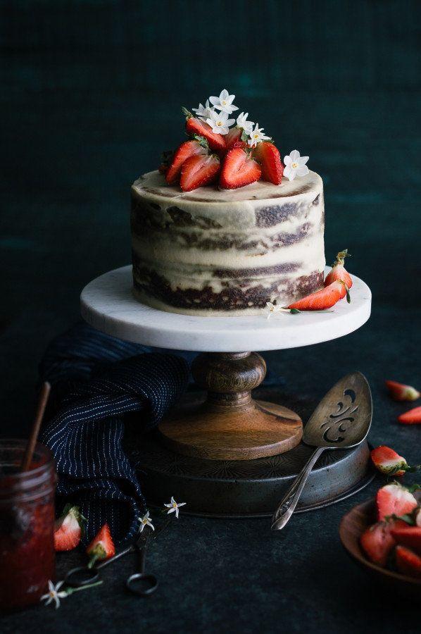 "<strong>Get the<a href=""http://thekitchenmccabe.com/2016/02/23/strawberry-vanilla-almond-cream-cake-gluten-dairy-refine"