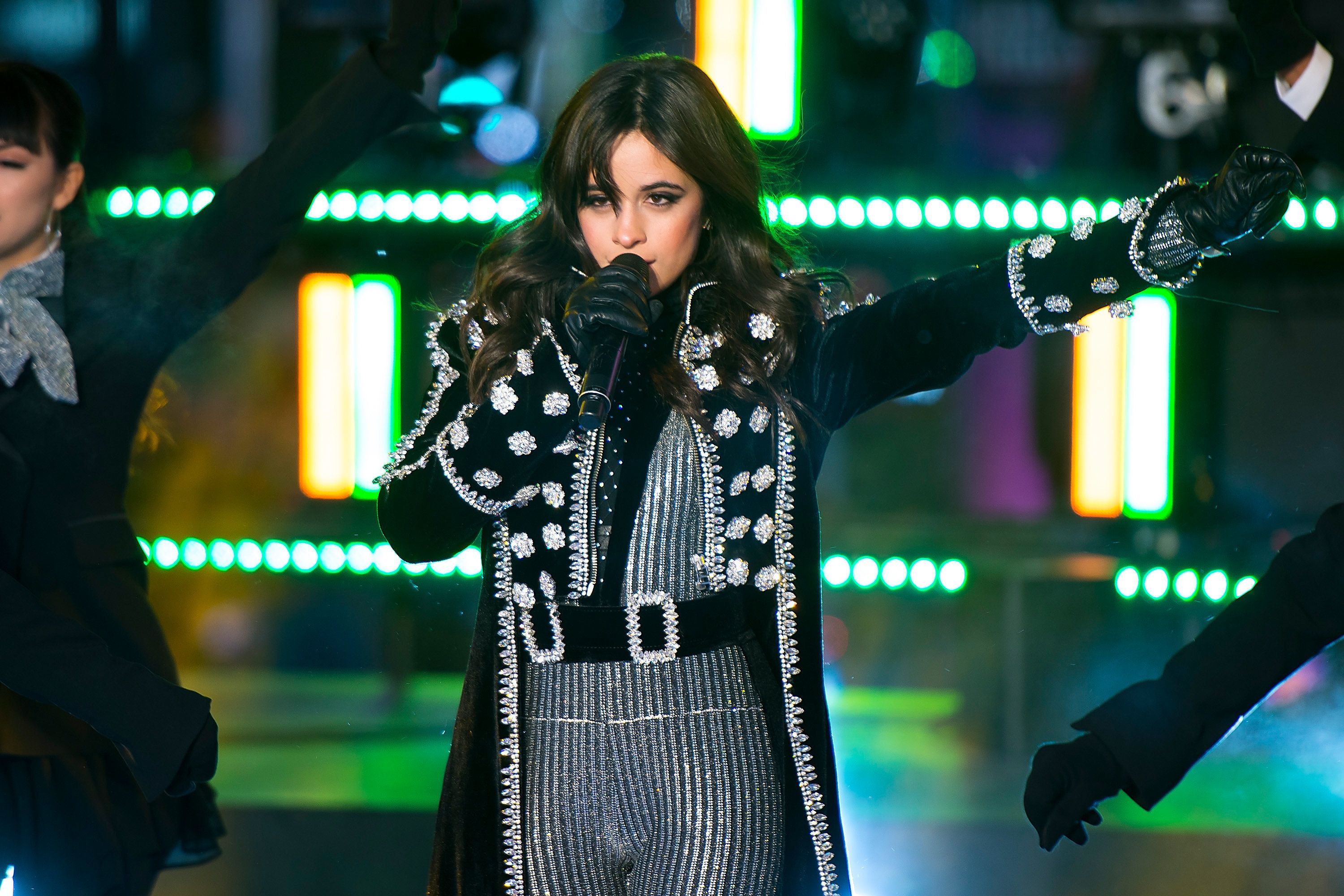 Camila Cabello Earns First No. 1 on Hot 100 with 'Havana'