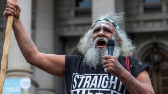 MELBOURNE, AUSTRALIA - JANUARY 26 : An elder protester speaks during a protest, organized by Aboriginal rights activists on Australia Day in Melbourne, Australia on January 26, 2017. 'Australia Day' is named by some as 'Invasion Day' due to the dispossession of Indigenous land and the arrival of the First Fleet's at Port Jackson, Sydney, Australia in 1788. (Photo by Asanka Brendon Ratnayake/Anadolu Agency/Getty Images)