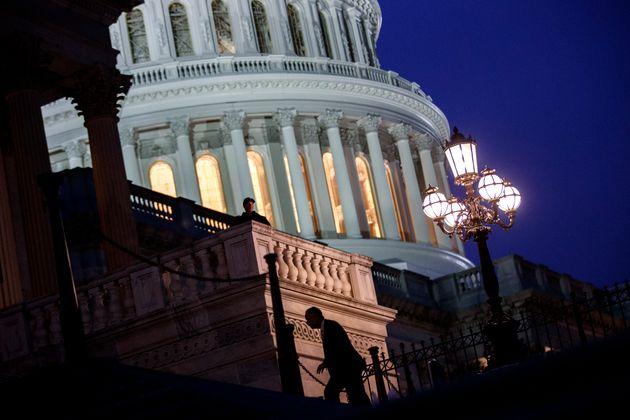 ΗΠΑ: Λήξη της αναστολής λειτουργίας υπηρεσιών του ομοσπονδιακού κράτους- πέρασε το