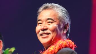 HONOLULU, HI - MAY 28: Governor of Hawaii David Ige presents the 'Group of the Year' award during the 39th Na Hoku Hanohano Awards at Hawaii Convention Center on May 28, 2016 in Honolulu, Hawaii. (Photo by Darryl Oumi/Getty Images)