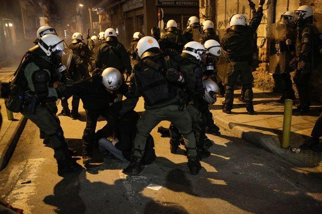 Θεσσαλονίκη: Πέντε συλλήψεις στα επεισόδια στην πορεία για την