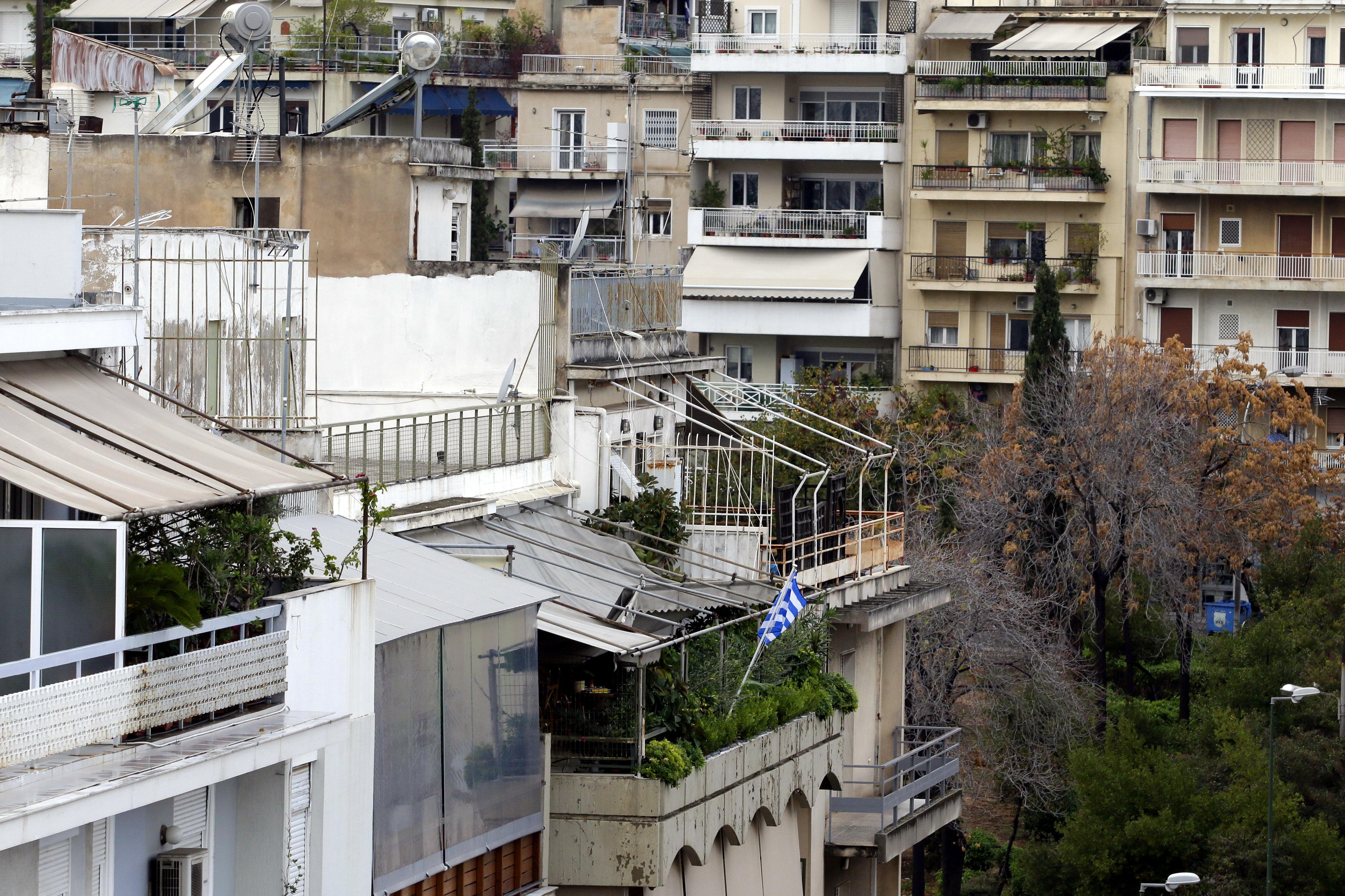 Eurogroup: Μπαράζ πλειστηριασμών μέχρι το 2021 απαιτούν οι