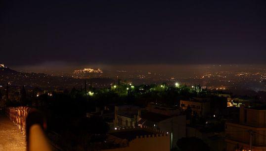 Τι συμβαίνει με την ατμοσφαιρική ρύπανση στην Ελλάδα: Η κρίση, το «σκοτεινό σύννεφο» του λιγνίτη και η μάχη για την προστασία...
