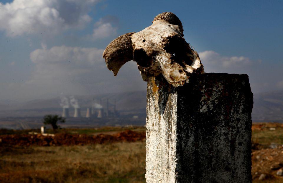 Τι συμβαίνει με την ατμοσφαιρική ρύπανση στην Ελλάδα: Η κρίση, το «σκοτεινό σύννεφο» του λιγνίτη και...
