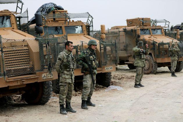 Συρία: Οι Τούρκοι επιχειρούν για τέταρτη μέρα στο Αφρίν και οι Κούρδοι κηρύσσουν γενική