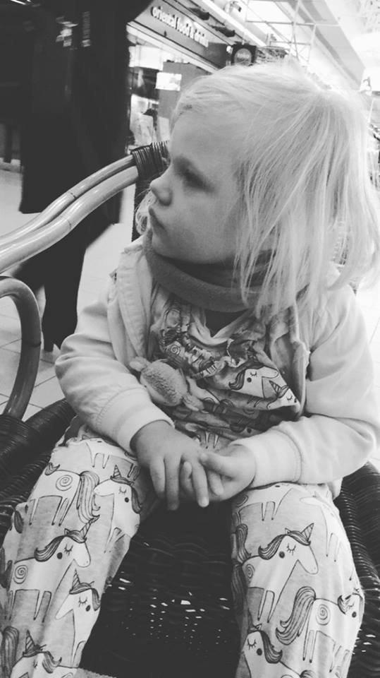 Die kleine Teresa hat eine seltene Krankheit und braucht eure Hilfe