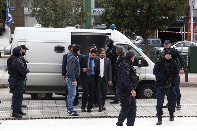 Νέο αίτημα έκδοσης των «8» στρατιωτικών από την Άγκυρα μετά τη συνάντηση τουρκικής αντιπροσωπείας με...