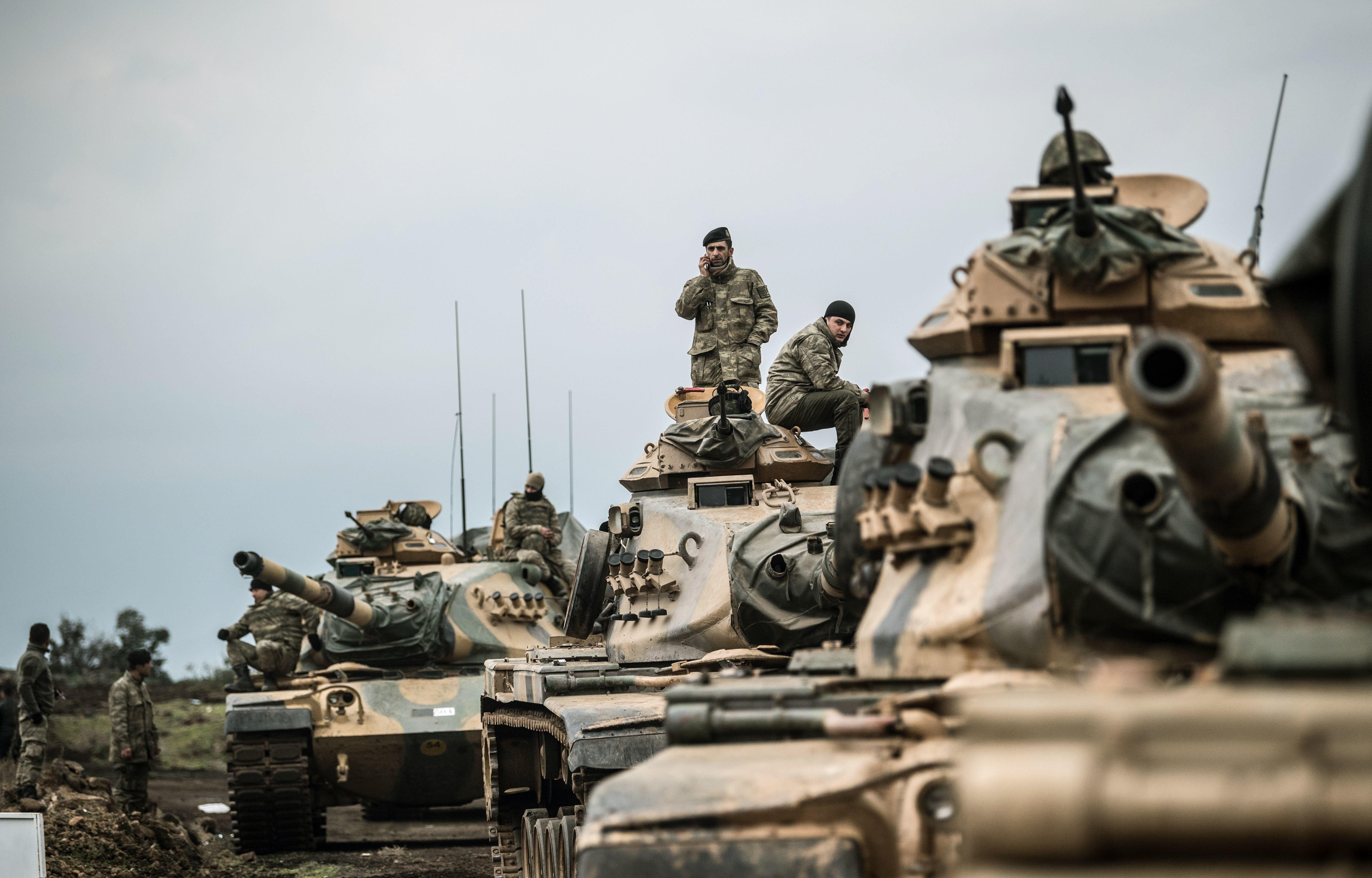 Türkische Militäroffensive fordert dutzende Todesopfer: Deutsche Politiker rufen zum Handeln