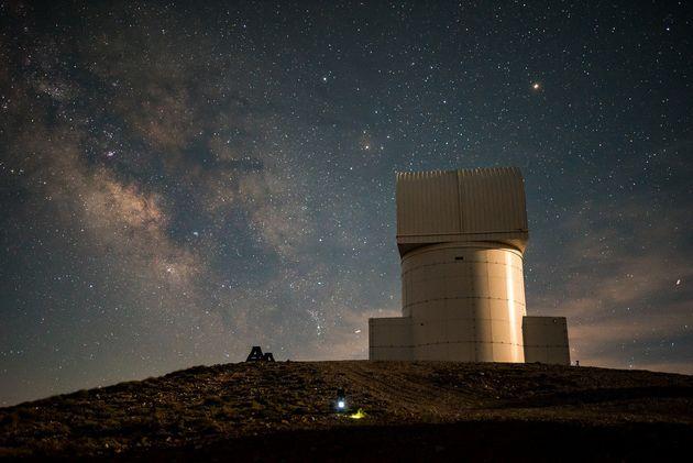 Keep Looking Up: Ο νυχτερινός ουρανός της Ελλάδας μέσα από ένα βραβευμένο timelapse