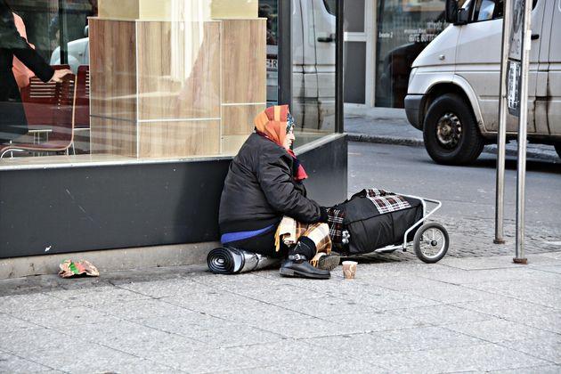 Will Smart Cities Inevitably Worsen Social