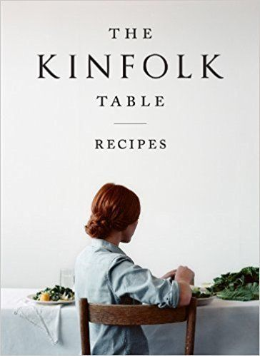 """<a href=""""https://www.amazon.com/Kinfolk-Table-Nathan-Williams/dp/1579655327?tag=thehuffingtop-20"""" target=""""_blank"""">'The Kinfol"""