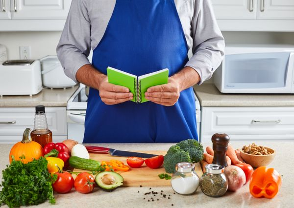 """Whether you get them a week or a month of meals, <a href=""""https://www.blueapron.com/"""" target=""""_blank"""">a food subscription ser"""