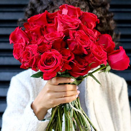 """You can set up <a href=""""https://bouqs.com/subscriptions"""" target=""""_blank"""">flower subscriptions like Bouqs</a> to delivery howe"""