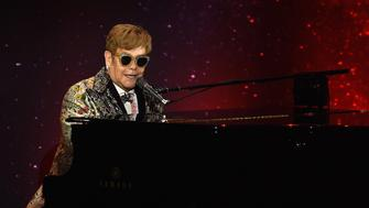 NEW YORK, NY - JANUARY 24:  Elton John performs during the Elton John Special Announcement at Gotham Hall on January 24, 2018 in New York City.  (Photo by Dimitrios Kambouris/Getty Images)
