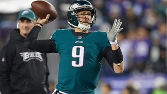 PHILADELPHIA, PA - JANUARY 21: Philadelphia Eagles quarterback Nick Foles (9) warms up with the football prior to the start of the NFC Championship Game between the Minnesota Vikings and the Philadelphia Eagles on January 21, 2018 at the Lincoln Financial Field in Philadelphia, Pennsylvania. The Philadelphia Eagles defeated the Minnesota Vikings by the score of 38-7.  (Photo by Robin Alam/Icon Sportswire via Getty Images)