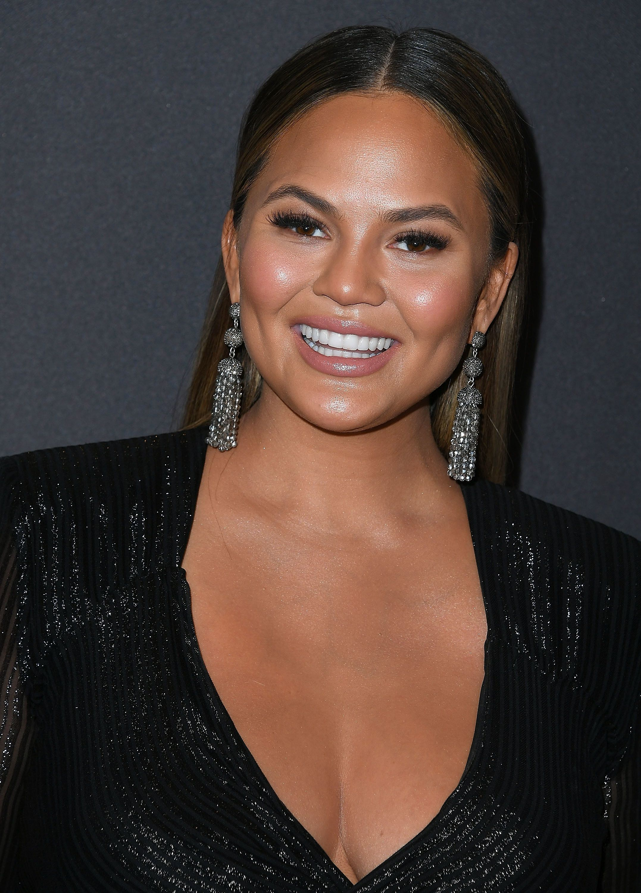 HOLLYWOOD, CA - JANUARY 18:  Chrissy Teigen arrives at the Lip Sync Battle LIVE: A Michael Jackson Celebration at Dolby Theatre on January 18, 2018 in Hollywood, California.  (Photo by Steve Granitz/WireImage)