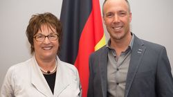 """Interview mit Brigitte Zypries, Bundesministerin für Wirtschaft und Energie: """"Demokratie die beste Rechtsform"""""""