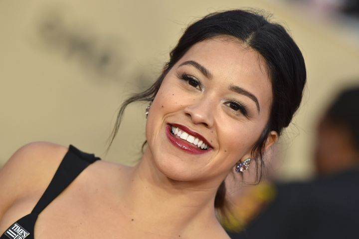 Gina Rodriguez at the 2018 Screen Actors Guild Awards.