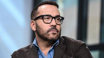 NEW YORK, NY - OCTOBER 31:  Actor Jeremy Piven attends the Build Series to discuss his new show 'Wisdom Of The Crowd' at Build Studio on October 31, 2017 in New York City.  (Photo by Daniel Zuchnik/WireImage)