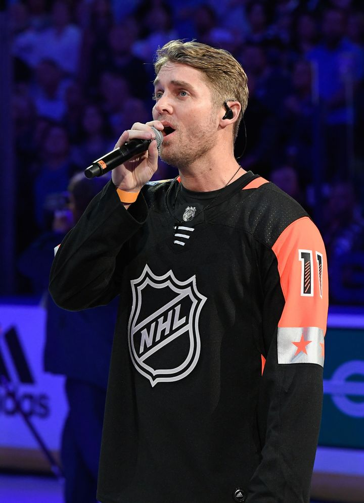 Brett Young sang his heart out at the NHL All-Star Game but some viewers weren't having it.