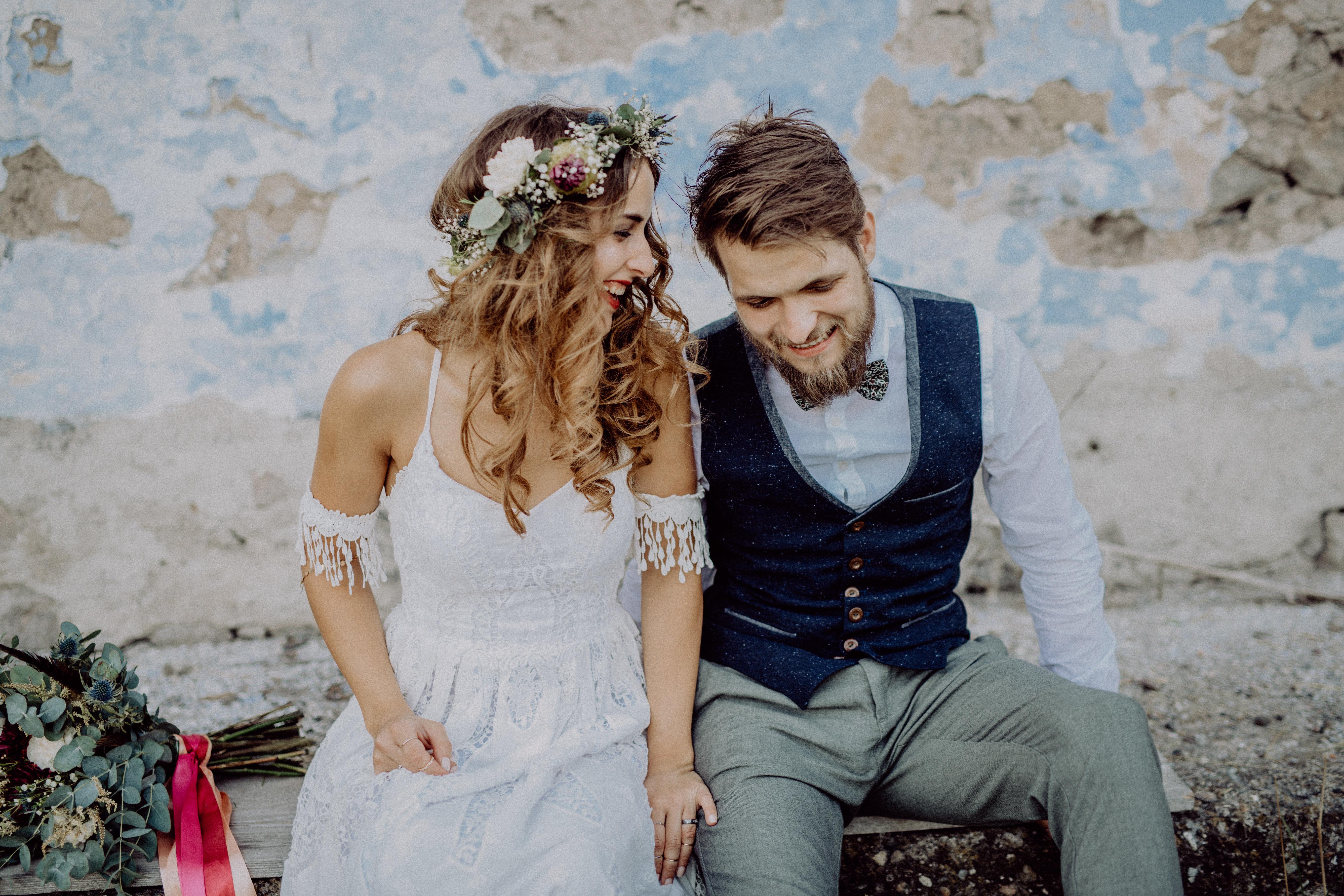 Hochzeit-Geschenk: Wie viel Geld Gäste dem Brautpaar schenken sollten