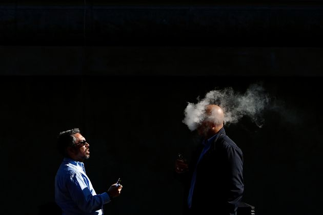Το ηλεκτρονικό τσιγάρο είναι βλαβερό για το DNA και μπορεί να προκαλέσει καρκίνο, σύμφωνα με νέα