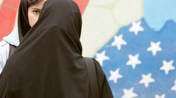 Die Kopftuchrevolte: Iranerinnen setzen ein mutiges Zeichen