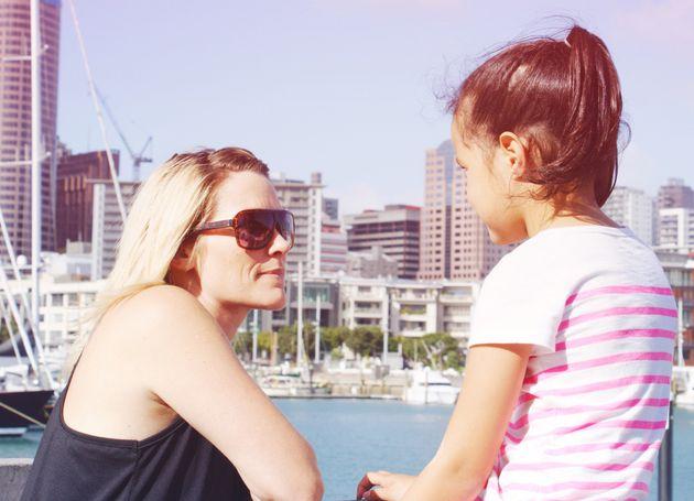 Gespräche zwischen Eltern und Kind werden mit zunehmendem Alter immer