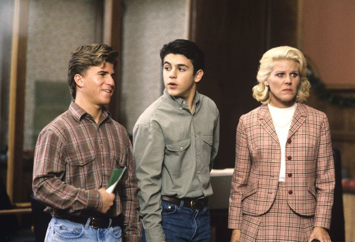 """Jason Hervey, left, Fred Savage, and Alley Mills in the 1992 episode """"Let Nothing You Dismay."""""""