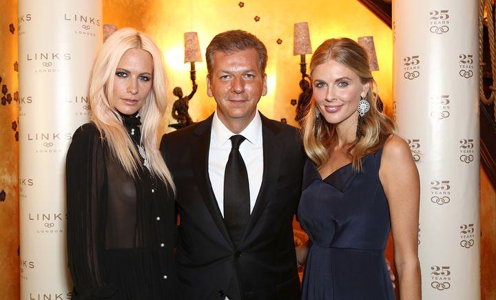O Γιώργος Κουτσολιούτσος με τις Poppy Delevigne και την Donna Air.