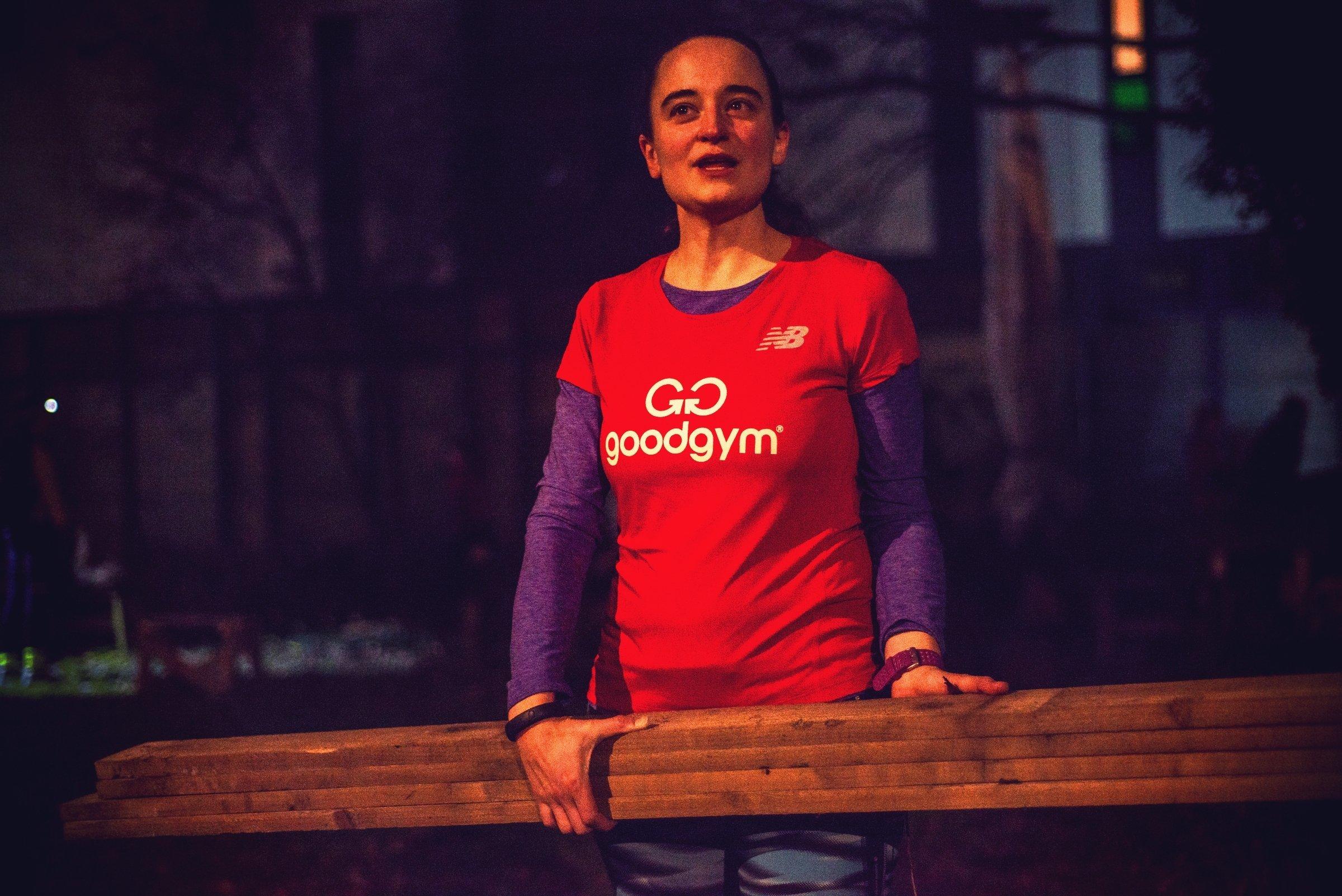 Selfless Scientist Runs 1600km To Help People In