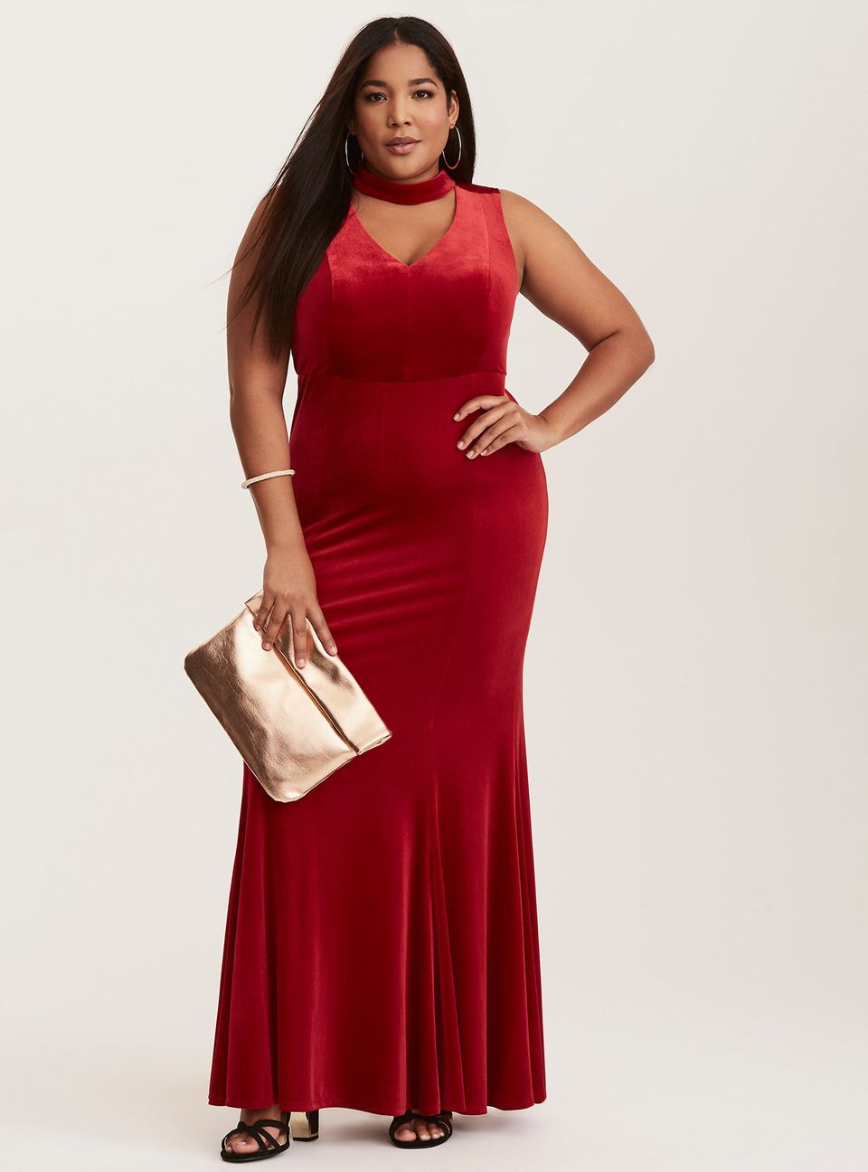 f428e3f5fff4 31 Absolutely Stunning Plus Size Prom Dresses Under $150 | HuffPost Life