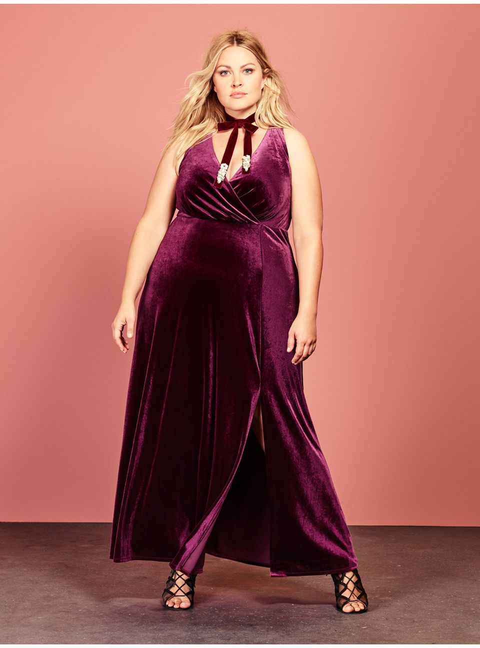 31 Absolutely Stunning Plus Size Prom Dresses Under  150  78bec905b