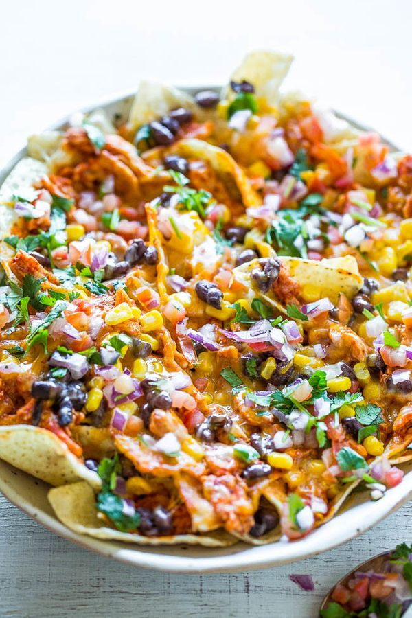 "<strong>Get the <a href=""https://www.averiecooks.com/2016/05/loaded-chicken-enchilada-nachos.html"" target=""_blank"">Loaded Chi"