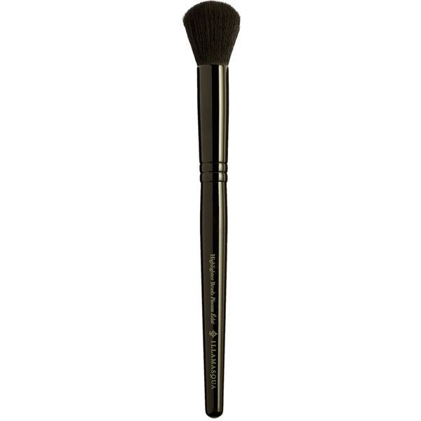 """<a href=""""https://www.illamasqua.com/"""" target=""""_blank"""">Theirmake-up brushes</a> are made entirely out of synthetic hair."""