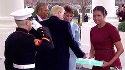 멜라니아 트럼프가 미셸 오바마에게 준 선물이 마침내