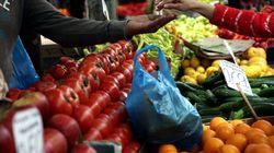 Δέσμευση 10,7 τόνων φρούτων αγνώστου προελεύσεως από τη λαχαναγορά του