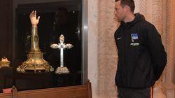 Berliner Fußballspieler Schieber kauft eine Kirche – das hat er damit