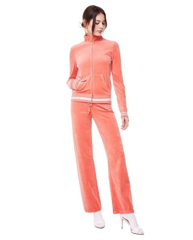 f37b443607fd The Juicy Couture Velour Tracksuit Is Back