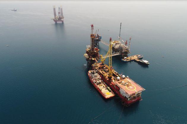 Επέκταση χρηματοδότησης στα 180 εκατ. δολάρια για νέες επενδύσεις στον Πρίνο υπέγραψε η Energean Oil...