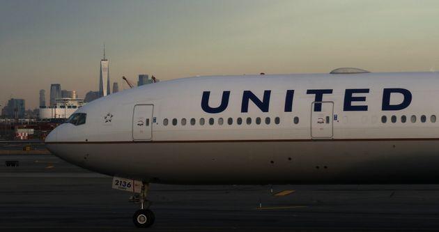 20년 전에 발행된 '영원히 유효한' 항공표를 제출한 고객에 유나이티드 항공이 보인