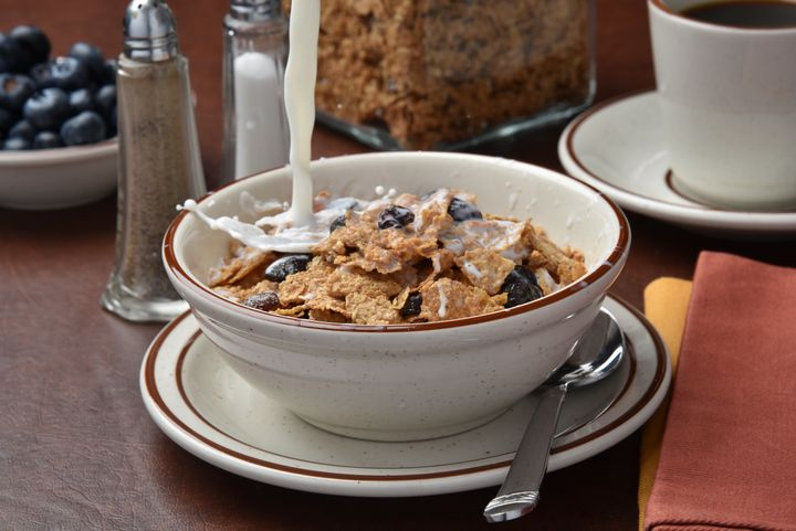 Fiber-rich cereal is a go-to for many nutritionists.