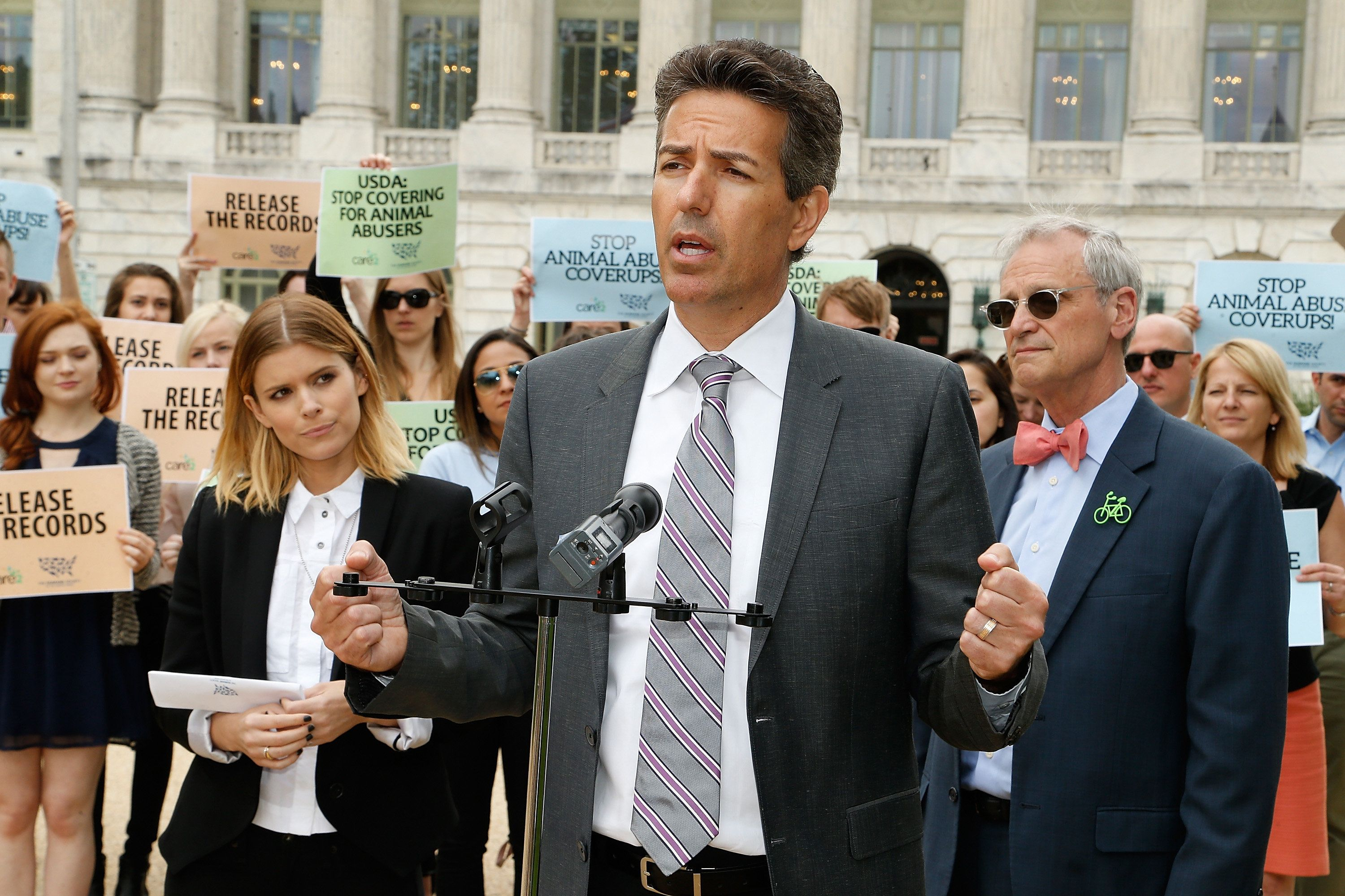 WASHINGTON, DC - JUNE 07:  Wayne Pacelle, CEO HSUS, speaks at The Humane Society of the United States' rally at USDA on June 7, 2017 in Washington, DC.  Advocates rallied to urge USDA to restore online records of animal welfare violations.  (Photo by Paul Morigi/Getty Images for The Humane Society of the United States )