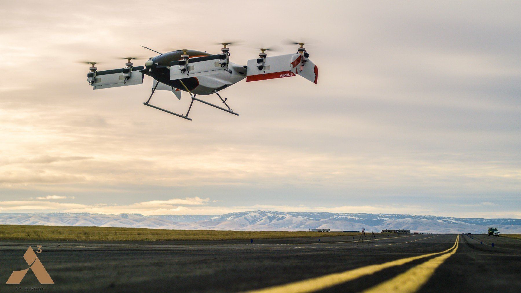 Airbus self-piloted aircraft takes first flight
