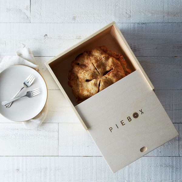 Protect your pies from the elements (and straying hands) by storing it in a cute and durable pie box. Not only will it keep t