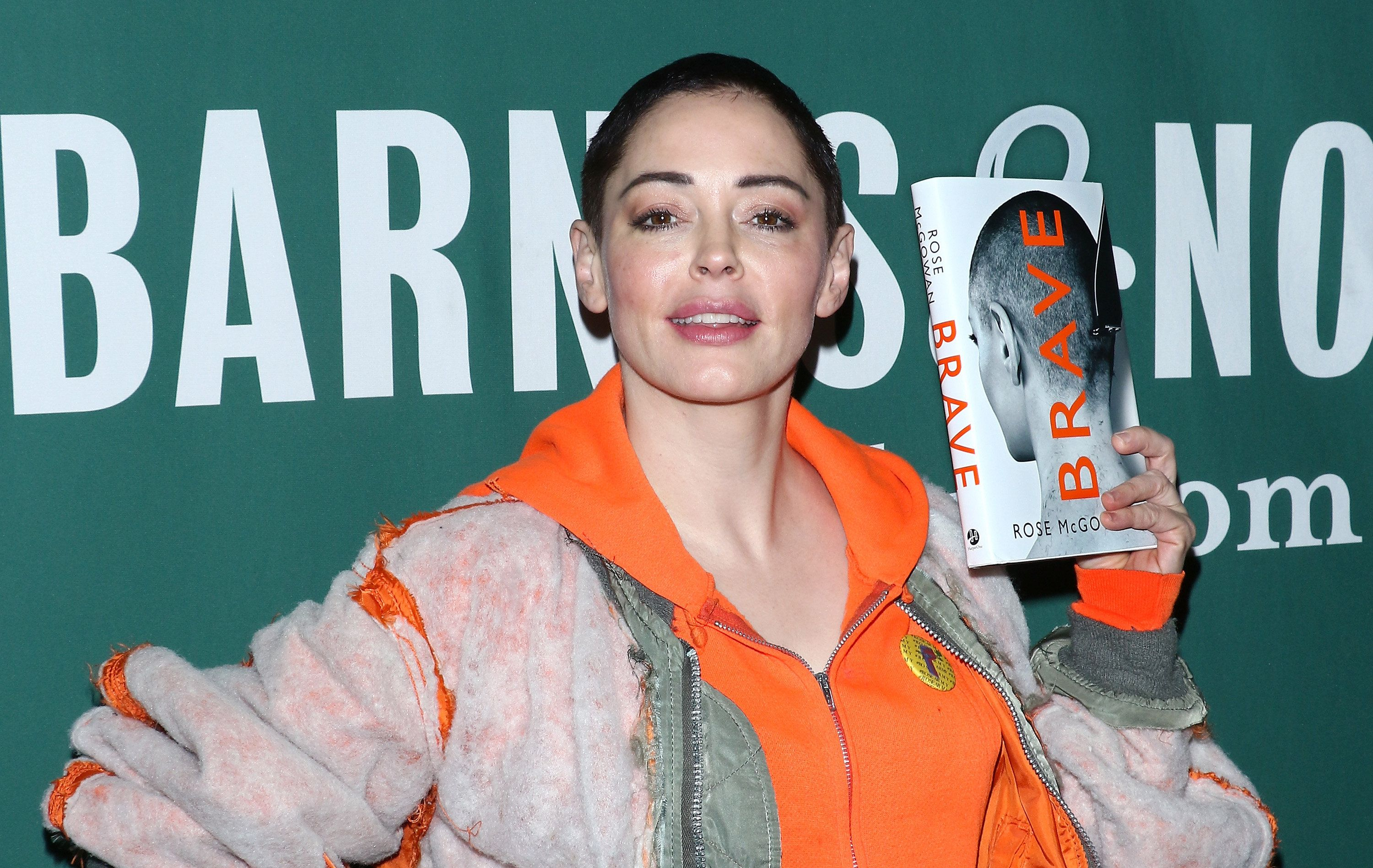 NEW YORK, NY - JANUARY 31:  Author/actress Rose McGowan signs copies of her memoir 'Brave' at Barnes & Noble Union Square on January 31, 2018 in New York City.  (Photo by Jim Spellman/WireImage)
